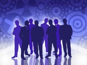 Groupe d'employé en soiree entreprise paris